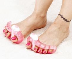 Средство массажное Счастливые пальчики плюс для пальцев ног (на батарейках)